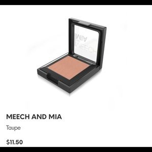 Meech and Mia eyeshadow in Taupe